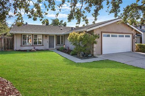 Photo of 514 Latona CT, SAN JOSE, CA 95111 (MLS # ML81817934)