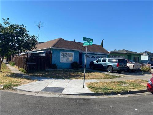 Photo of 1381 Taper Court, SAN JOSE, CA 95122 (MLS # ML81851936)