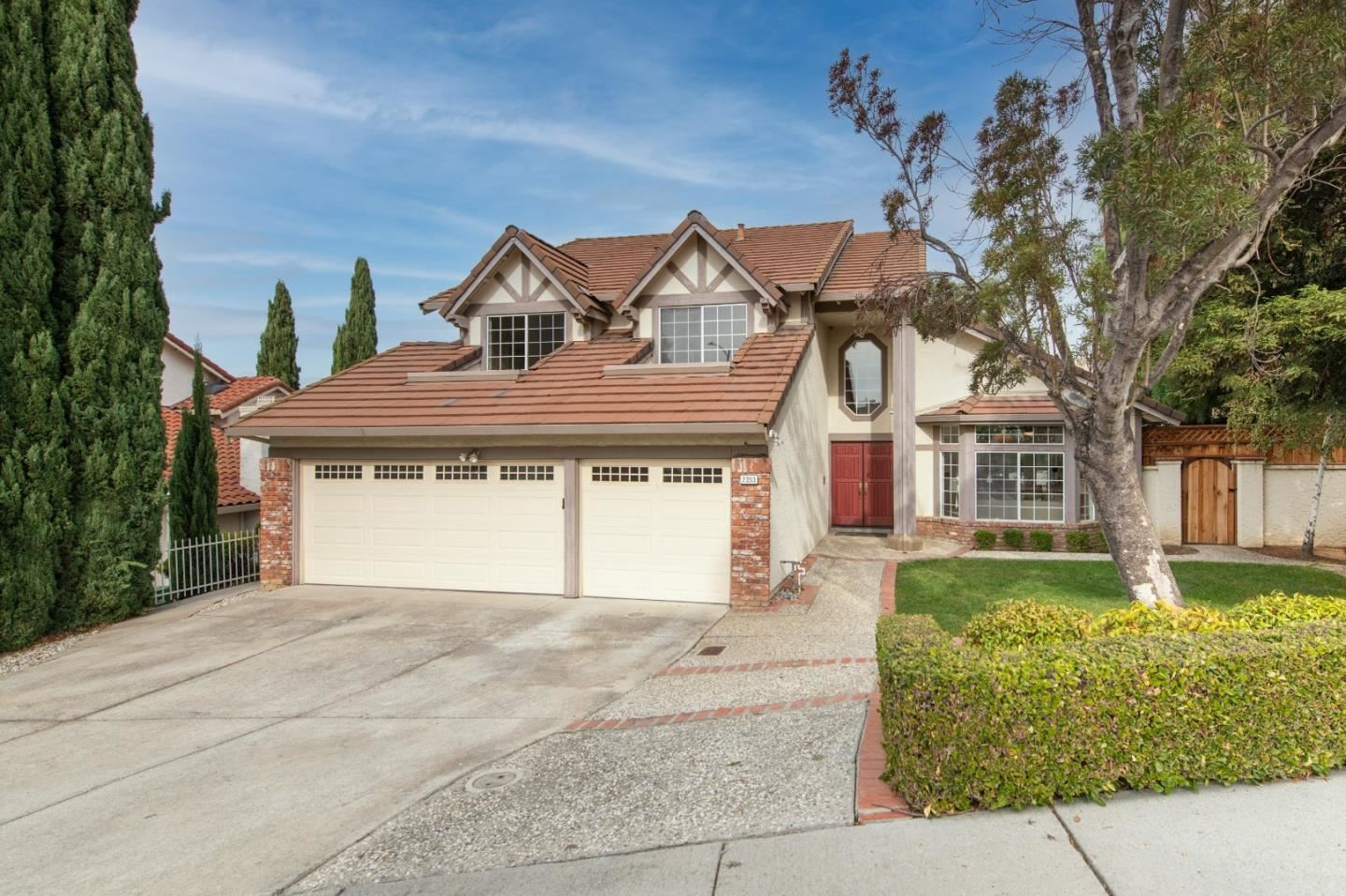 Photo for 2353 Glenview DR, MILPITAS, CA 95035 (MLS # ML81820936)