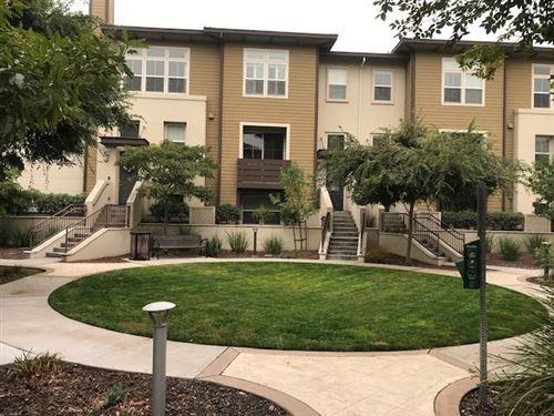 Photo of 418 Chapman LN, SAN MATEO, CA 94403 (MLS # ML81811939)