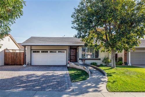 Photo of 1402 Courtyard DR, SAN JOSE, CA 95118 (MLS # ML81818939)