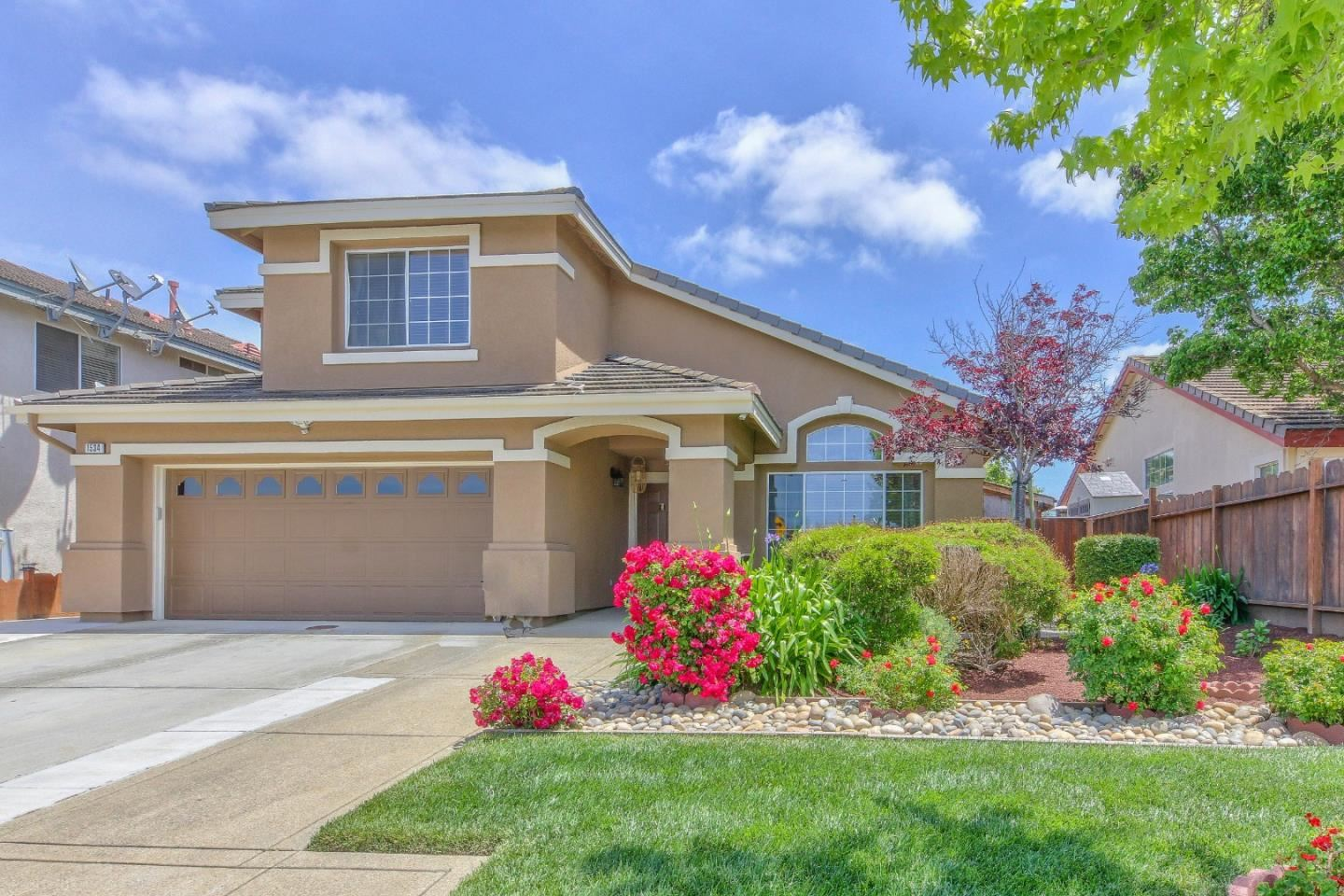 Photo for 1534 Madrone DR, SALINAS, CA 93905 (MLS # ML81792941)