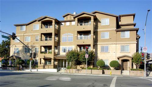 Photo of 88 N jackson AVE 511 #511, SAN JOSE, CA 95116 (MLS # ML81812943)