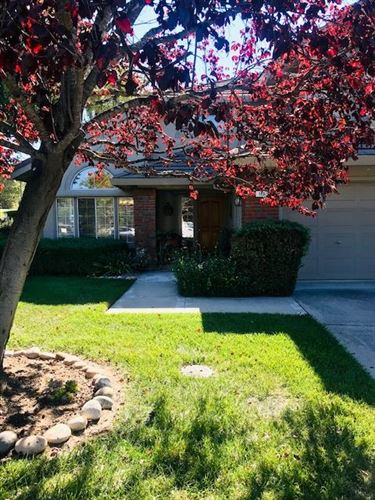 Photo of 166 Zinfandel CIR, SCOTTS VALLEY, CA 95066 (MLS # ML81815943)