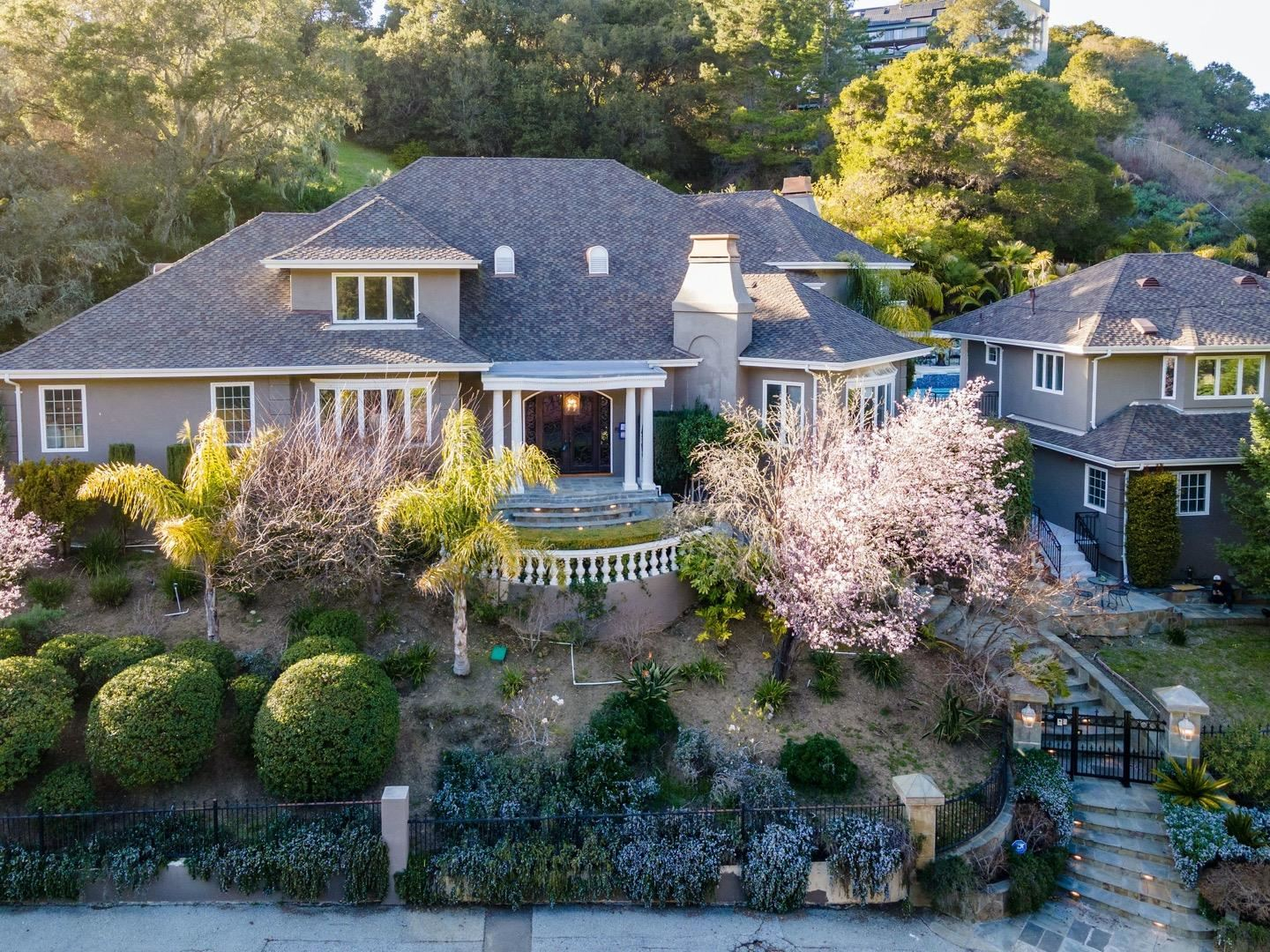 35 Brooke Court, Hillsborough, CA 94010 - #: ML81839943