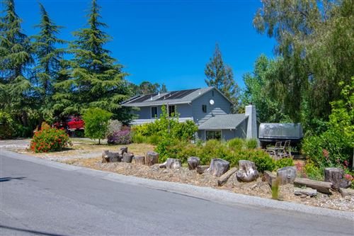 Photo of 878 Hillcrest DR, REDWOOD CITY, CA 94062 (MLS # ML81776944)