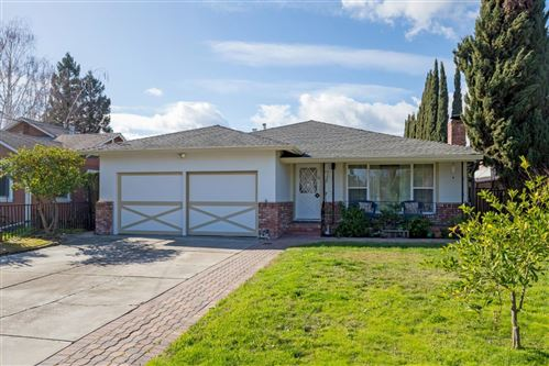 Photo of 132 Rutherford AVE, REDWOOD CITY, CA 94061 (MLS # ML81827947)