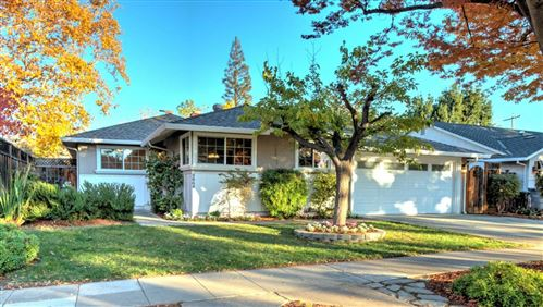 Photo of 4864 Kingbrook DR, SAN JOSE, CA 95124 (MLS # ML81820950)