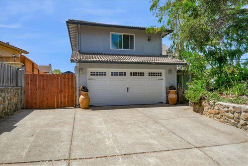 Photo of 26937 Parkside Drive, HAYWARD, CA 94542 (MLS # ML81851951)