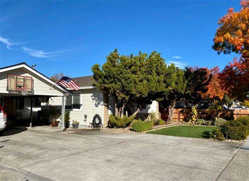 Photo of 1679 Blossom Hill RD, SAN JOSE, CA 95124 (MLS # ML81820953)