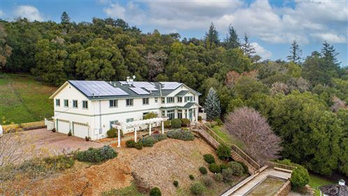 Photo of 18400 Lakeview CT, LOS GATOS, CA 95033 (MLS # ML81827953)
