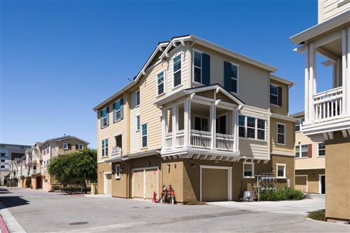 Photo of 642 Bair Island Road #1018, REDWOOD CITY, CA 94063 (MLS # ML81854953)