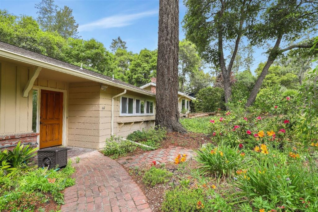 Photo for 117 La Canada WAY, SANTA CRUZ, CA 95060 (MLS # ML81752953)