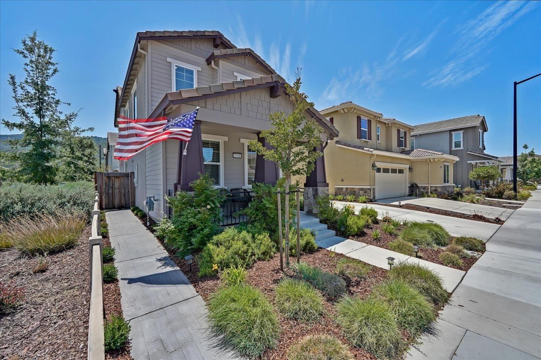 Photo for 2580 Apple Tree Way, GILROY, CA 95020 (MLS # ML81852954)