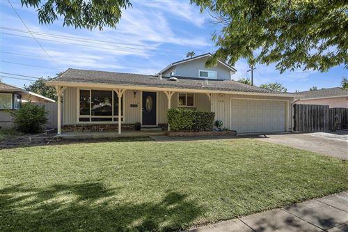 Photo of 5038 Rhonda Drive, SAN JOSE, CA 95129 (MLS # ML81842955)
