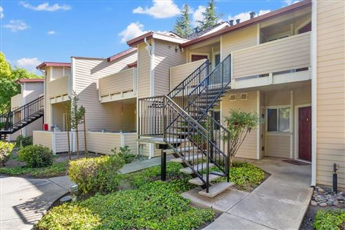 Photo of 1142 Cedar Gables Drive, SAN JOSE, CA 95118 (MLS # ML81848955)