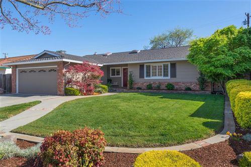 Photo of 3340 Valley Square LN, SAN JOSE, CA 95117 (MLS # ML81834957)