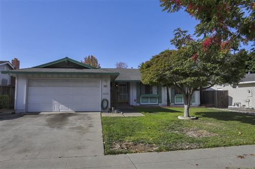 Photo of 4421 Glenmont DR, SAN JOSE, CA 95136 (MLS # ML81775958)