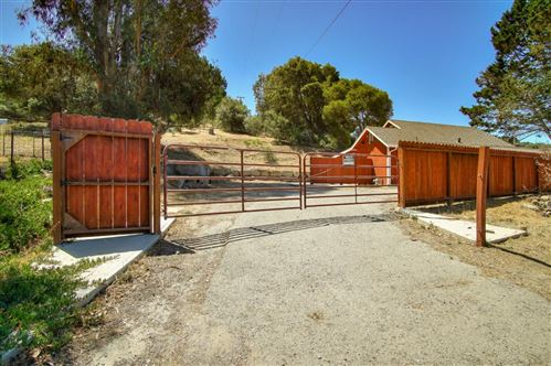 Photo of 7651 Langley Canyon RD, SALINAS, CA 93907 (MLS # ML81799958)