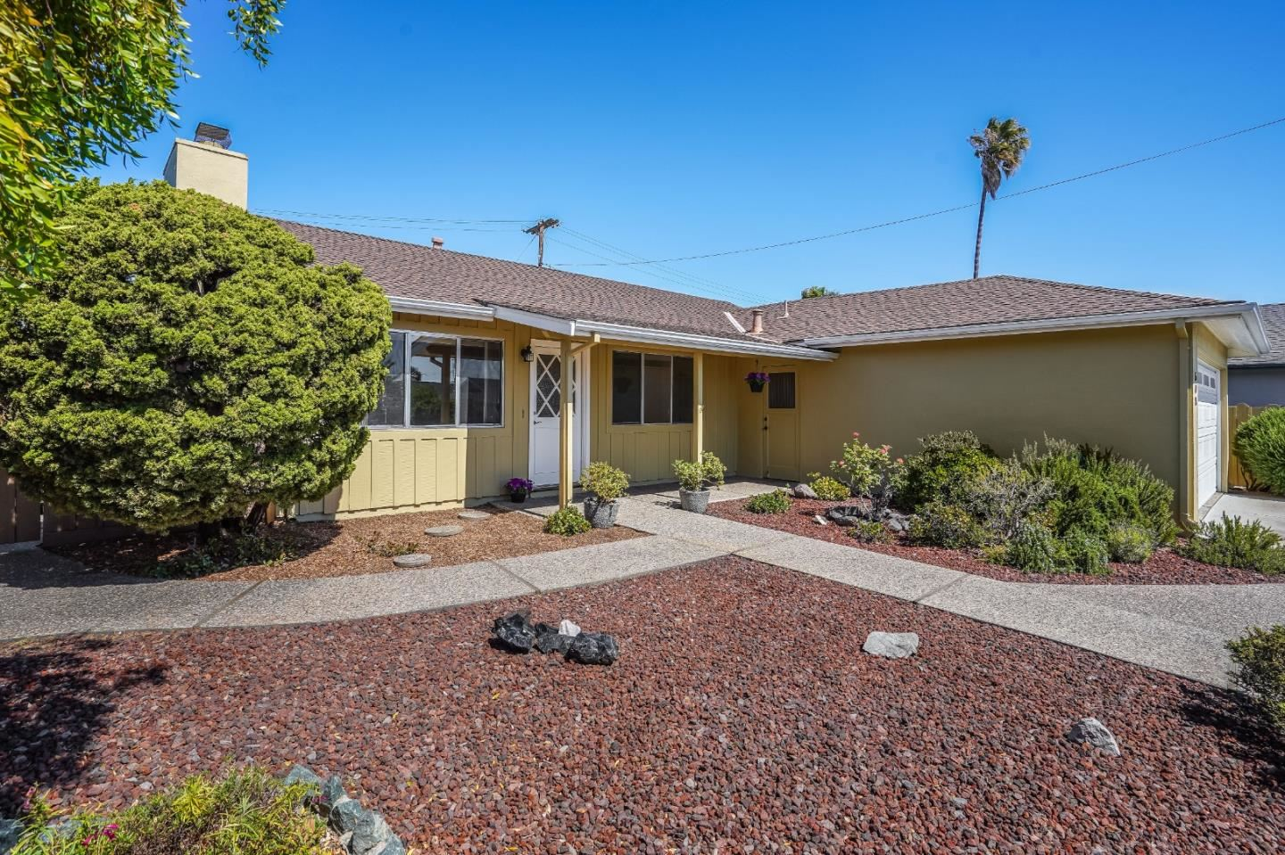 Photo for 508 Mountain View Avenue, BELMONT, CA 94002 (MLS # ML81851959)