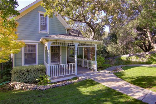 Photo of 121 Apricot LN, LOS GATOS, CA 95030 (MLS # ML81778960)