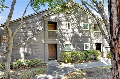 Photo of 1052 Yarwood CT, SAN JOSE, CA 95128 (MLS # ML81836961)