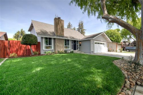 Photo of 1095 Clematis Drive, SUNNYVALE, CA 94086 (MLS # ML81849962)
