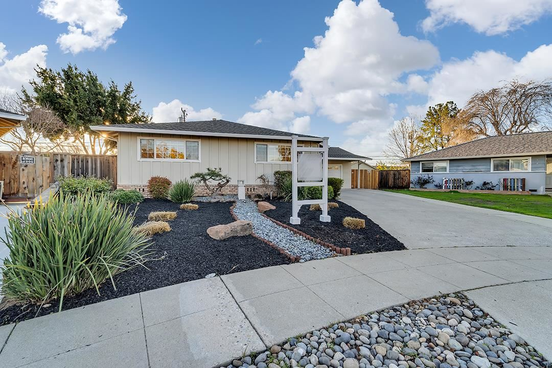 Photo for 803 Killarney CT, SUNNYVALE, CA 94087 (MLS # ML81830964)