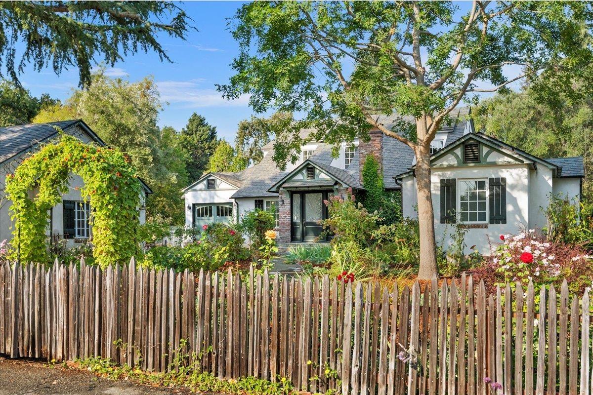 Photo for 96 Los Altos Avenue, LOS ALTOS, CA 94022 (MLS # ML81863964)