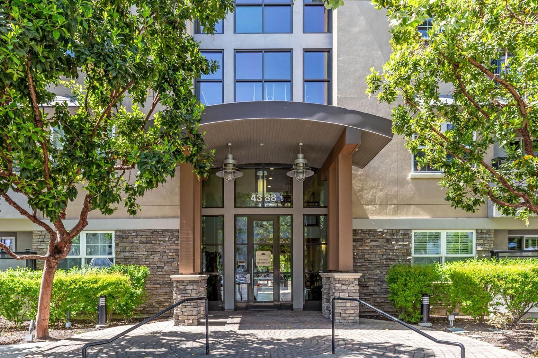 4388 El Camino Real #129, Los Altos, CA 94022 - #: ML81843966