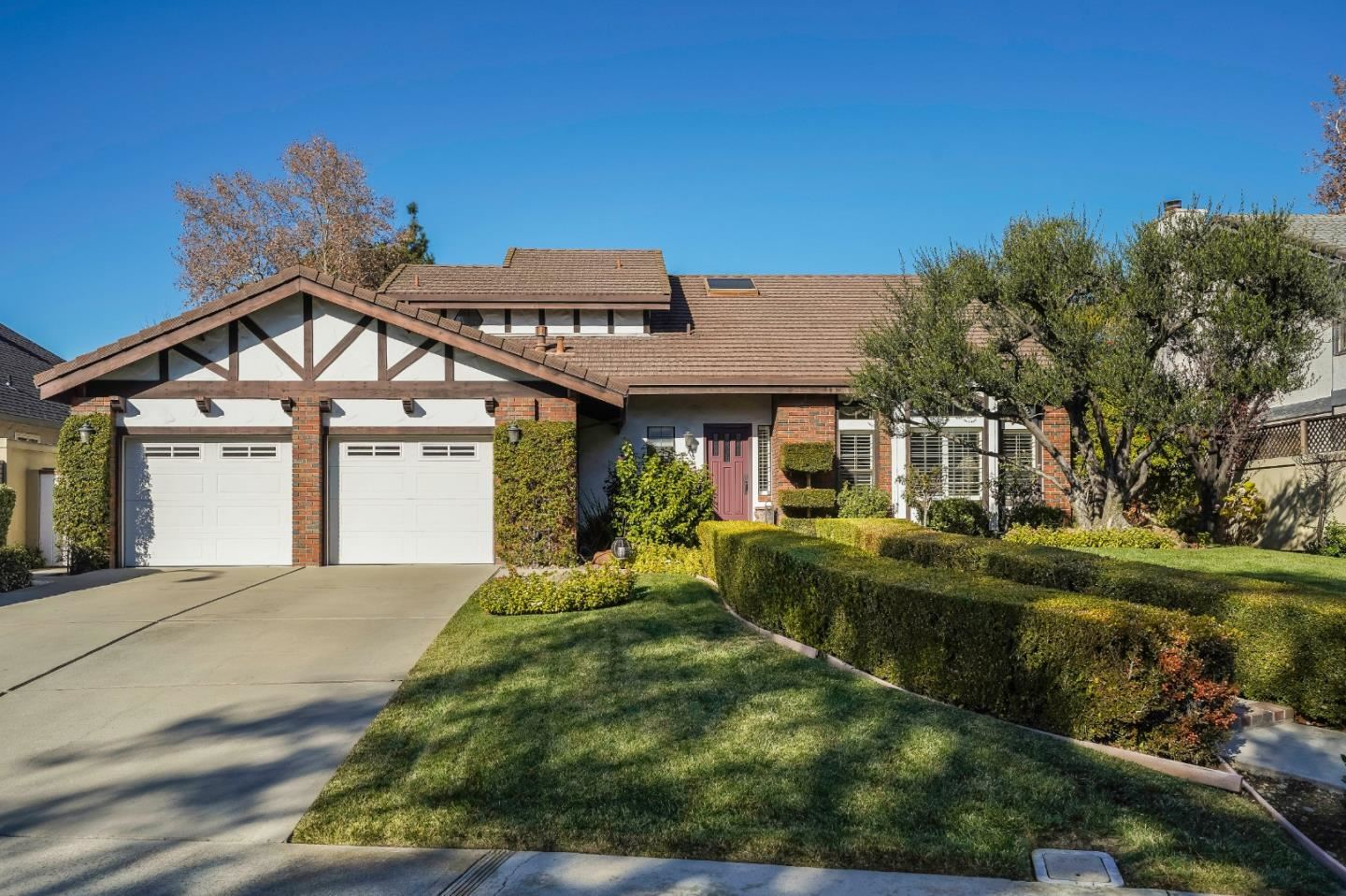 Photo for 795 Dry Creek RD, CAMPBELL, CA 95008 (MLS # ML81823967)