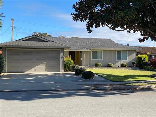 Photo of 1191 San Mateo DR, SALINAS, CA 93901 (MLS # ML81825968)