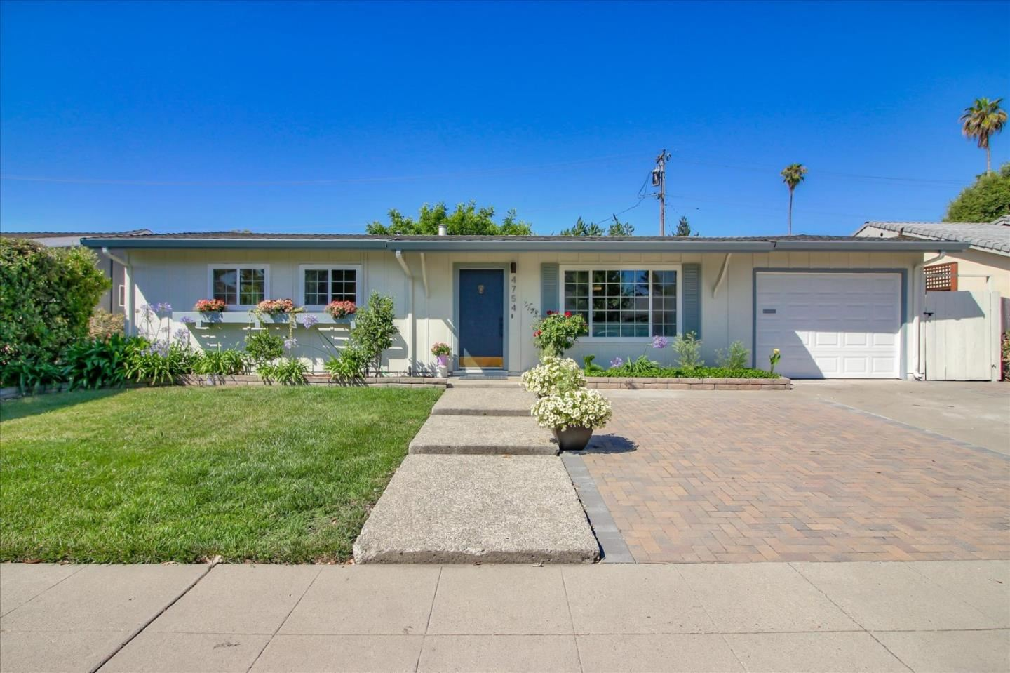 Photo for 4754 Parkwest DR, SAN JOSE, CA 95130 (MLS # ML81798968)