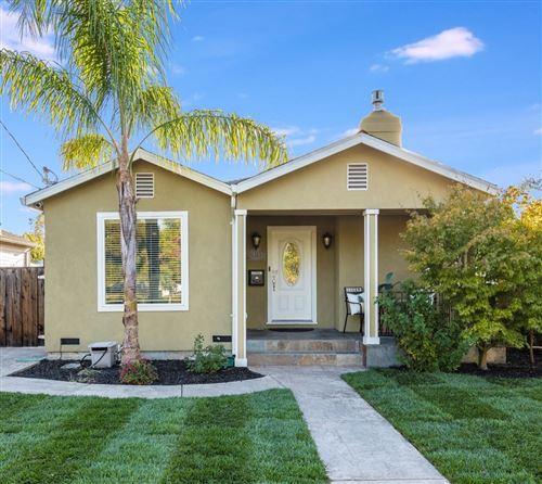 Photo of 428 Hudson ST, REDWOOD CITY, CA 94062 (MLS # ML81824970)