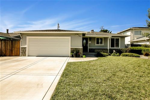 Photo of 1833 Crowder AVE, SAN JOSE, CA 95124 (MLS # ML81799973)