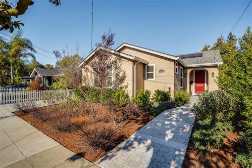 Photo of 1016 Warren ST, REDWOOD CITY, CA 94063 (MLS # ML81831978)