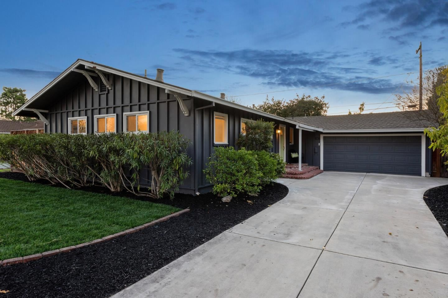 Photo for 1538 Nilda AVE, MOUNTAIN VIEW, CA 94040 (MLS # ML81829980)