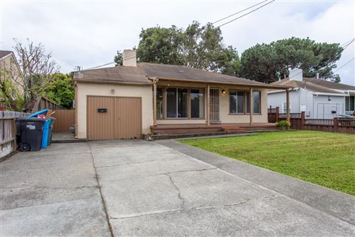 Photo of 3436 Spring ST, REDWOOD CITY, CA 94063 (MLS # ML81799981)