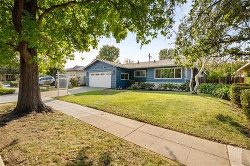 Photo of 961 Brentwood DR, SAN JOSE, CA 95129 (MLS # ML81811983)