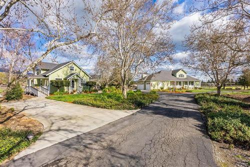 Photo of 1470 East Middle Avenue, SAN MARTIN, CA 95046 (MLS # ML81833983)