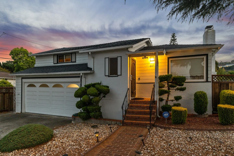 Photo for 607 Geraldine Drive, MILLBRAE, CA 94030 (MLS # ML81858989)