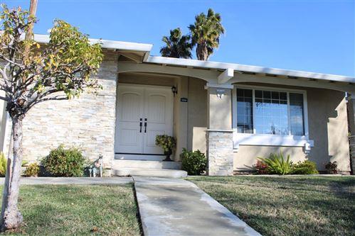 Photo of 5494 Chesbro AVE, SAN JOSE, CA 95123 (MLS # ML81826995)