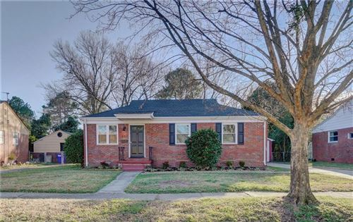 Photo of 553 Summers DR, Norfolk, VA 23509 (MLS # 10364006)