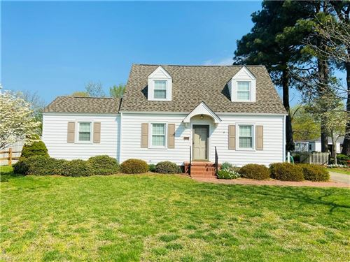 Photo of 11 Davis AVE, Newport News, VA 23601 (MLS # 10371020)