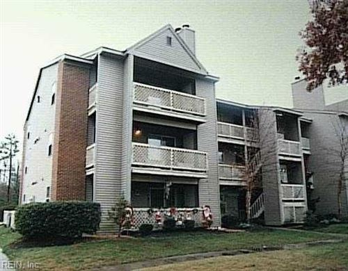 Photo of 560 Candle LN #104, Newport News, VA 23608 (MLS # 10363030)