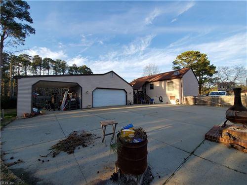 Photo of 9 Belle LN, Poquoson, VA 23662 (MLS # 10355035)