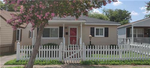 Photo of 815 Whitehead Ave AVE, Norfolk, VA 23523 (MLS # 10335069)