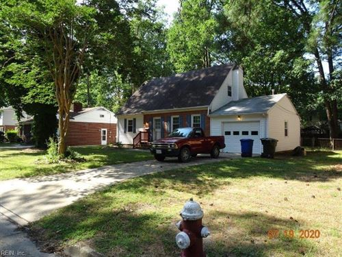 Photo of 15 Berkeley Pl PL, Newport News, VA 23608 (MLS # 10335079)