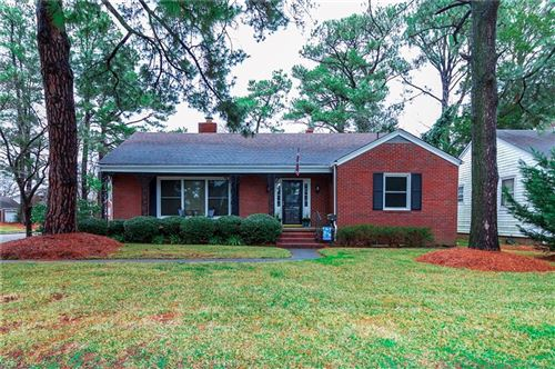 Photo of 33 Greenbrier RD, Portsmouth, VA 23707 (MLS # 10299112)