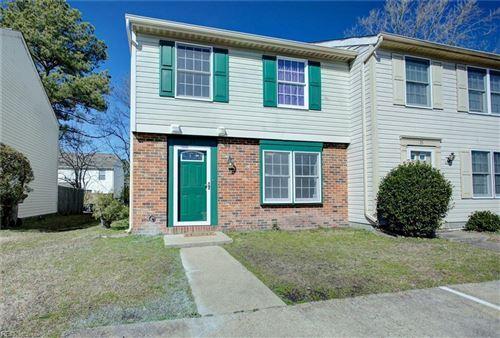 Photo of 30 Lucinda CT, Hampton, VA 23666 (MLS # 10363117)
